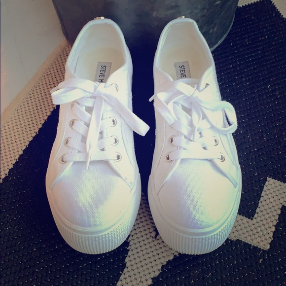 ec246a908c Emmi Platform Sneaker. M_5cabe1877f617f74cfe7f9ec. Other Shoes you may  like. Steve Madden ...